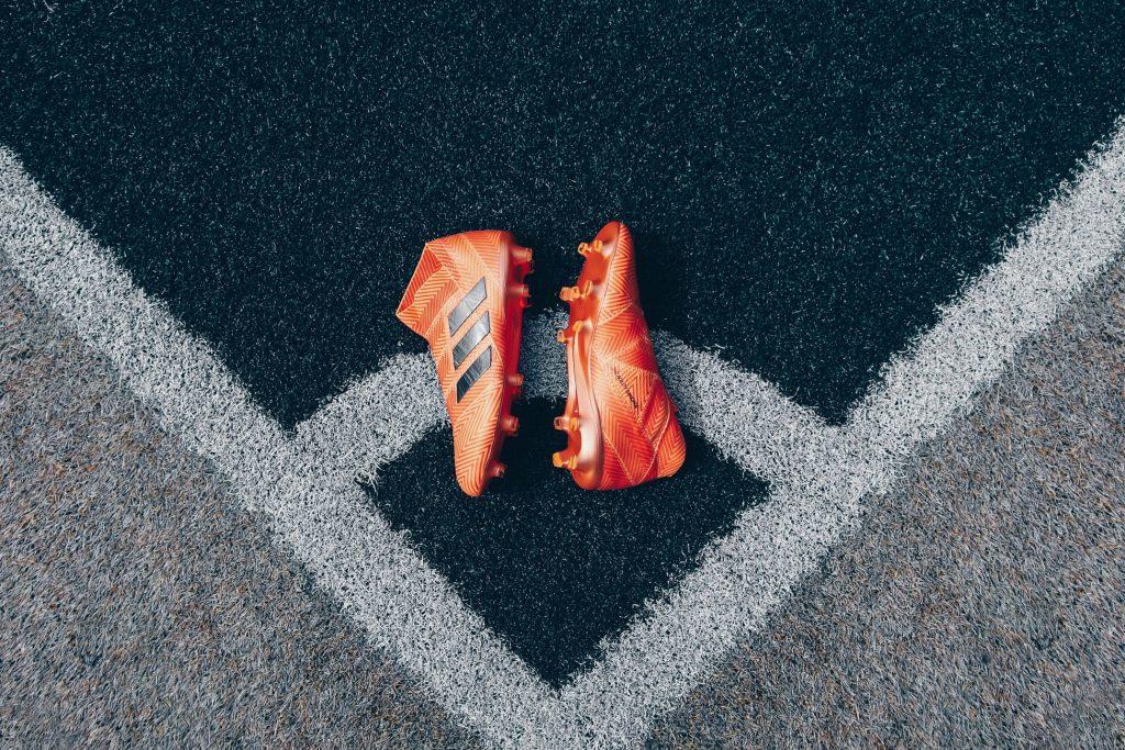 Voetbalschoenen met een sokje